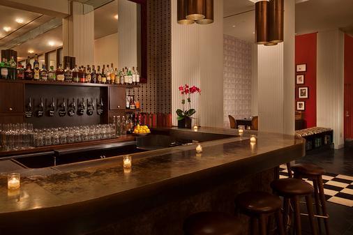 玛莎华盛顿,切尔西酒店 - 纽约 - 酒吧