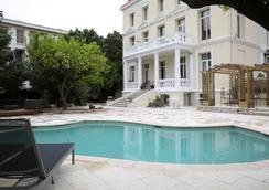 阿尔梅农维拉酒店 - 尼斯 - 游泳池
