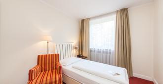诺弗布瑞莫豪斯酒店 - 不莱梅 - 睡房