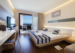 Remisens Hotel Admiral - 奥帕提亚 - 睡房