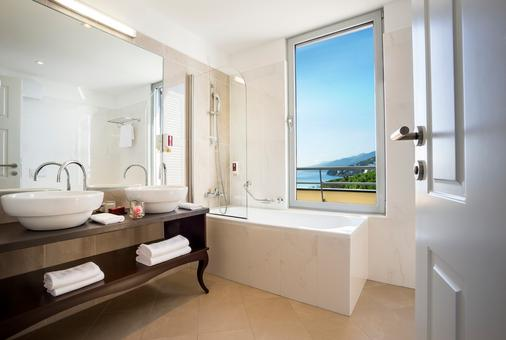 科瓦内尔雷米森高级酒店 - 奥帕提亚 - 浴室
