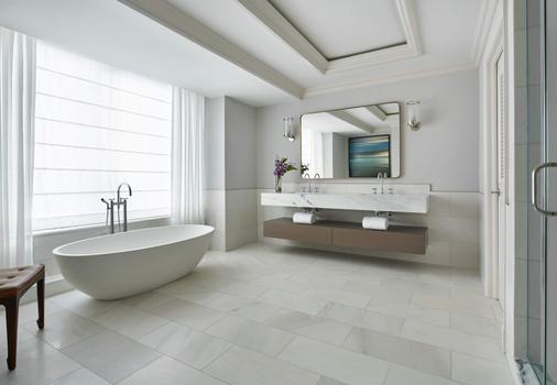 华盛顿丽思卡尔顿酒店 - 华盛顿 - 浴室