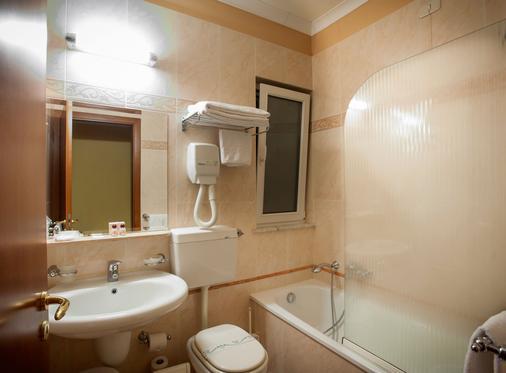 阿拉戈纳公寓酒店 - 巴勒莫 - 浴室