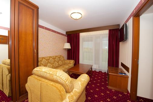 SPA琥珀宫酒店 - 帕兰加 - 客厅