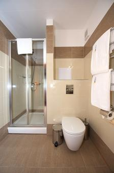 SPA琥珀宫酒店 - 帕兰加 - 浴室