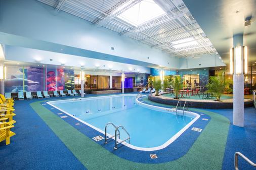 喜来登瀑布酒店 - 尼亚加拉瀑布 - 游泳池