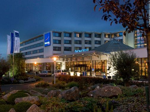 诺富特鲁瓦西戴高乐会议与疗养酒店 - 鲁瓦西昂法兰西 - 建筑