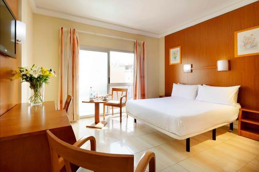 阿丽斯奥斯特拉斯酒店 - 大加那利岛拉斯帕尔马斯 - 睡房