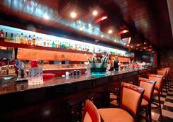 圣莫妮卡海滩酒店 - 萨洛 - 酒吧