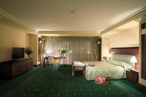 索非亚格兰德酒店 - 索非亚 - 睡房