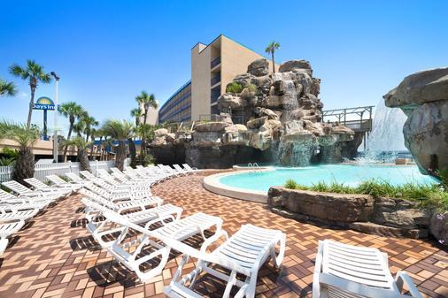 戴斯巴拿马城海滩酒店 - 巴拿马城海滩 - 游泳池