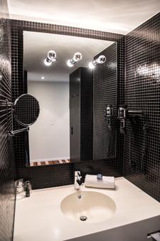昂贝弗拉斯设计酒店 - 不莱梅 - 浴室