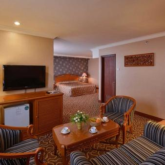 槟城珍珠景布莱酒店 - 乔治敦 - 客厅