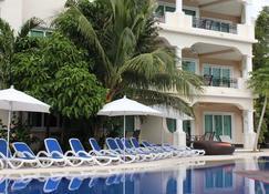 阿文图拉斯俱乐部码头公寓式酒店 - 阿文图拉斯港 - 建筑