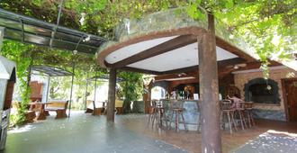 长滩岛琳戛纳度假酒店 - Malay - 餐馆