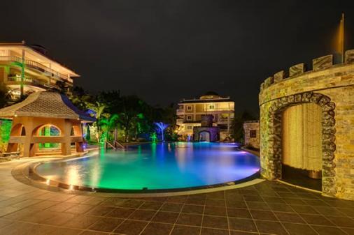 Lingganay Boracay Hotel Resort - Malay - 游泳池
