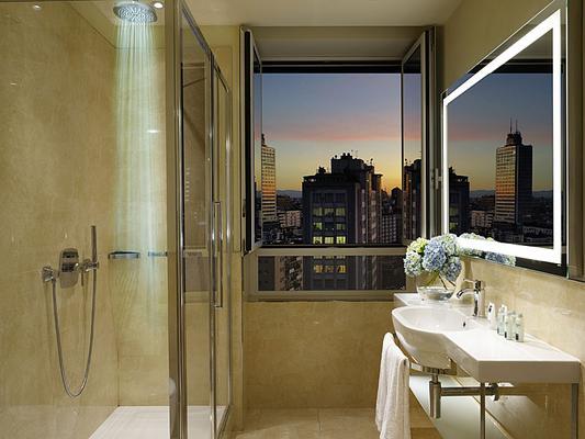 乌纳世纪酒店 - 米兰 - 浴室
