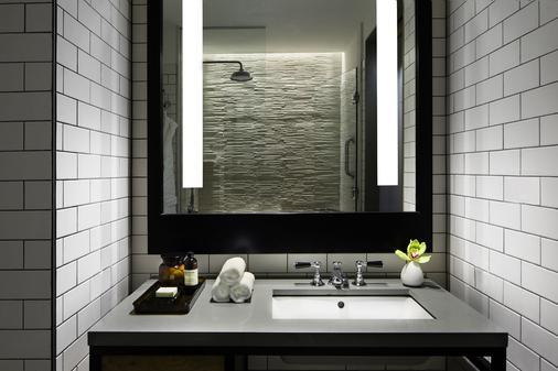 纽约鲍威利50酒店 - 纽约 - 浴室