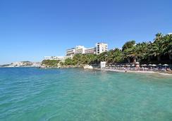 因贝特酒店 - 式 - 庫沙達瑟 - 海滩