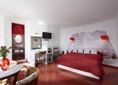 艾拉温泉酒店 - 菲罗斯特法尼 - 睡房