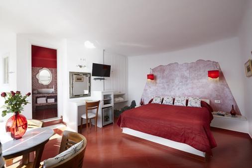 艾拉Spa酒店 - 菲罗斯特法尼 - 睡房