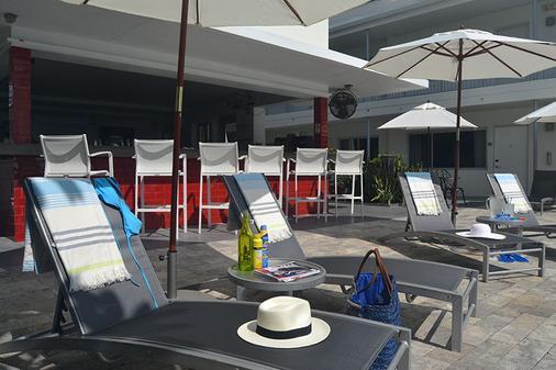 北滩皇家棕榈度假村及Spa度假酒店 - 劳德代尔堡 - 酒吧