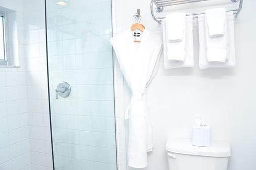 北滩皇家棕榈度假村及Spa度假酒店 - 劳德代尔堡 - 浴室