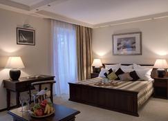 蓝湖酒店 - 阿纳帕 - 睡房