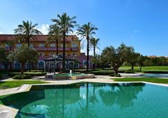 辛特拉佩斯塔纳高尔夫SPA度假酒店 - Sintra - 游泳池