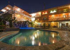卡哈帕奇度假村 - 圣伊格纳西奥 - 游泳池