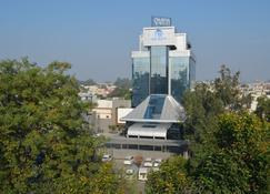 玛雅酒店 - 贾朗达尔 - 建筑