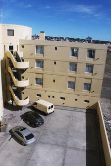 梅林布里格公寓 - 玛德琳港 - 停车场