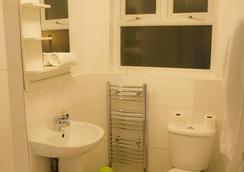 月桂树酒店 - 伦敦 - 浴室