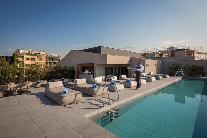 奥拉埃克赞普酒店 - 巴塞罗那 - 游泳池