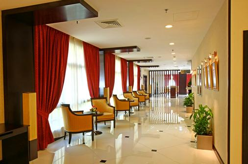 伦敦套房酒店 - 迪拜 - 大厅