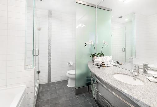 马特里克斯酒店 - 埃德蒙顿 - 浴室
