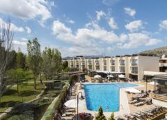 杜瓦和Spa公寓式酒店 - 波连斯萨 - 建筑