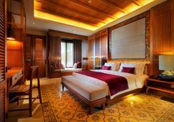 巴厘岛沼泽避风港套房酒店 - North Kuta - 睡房