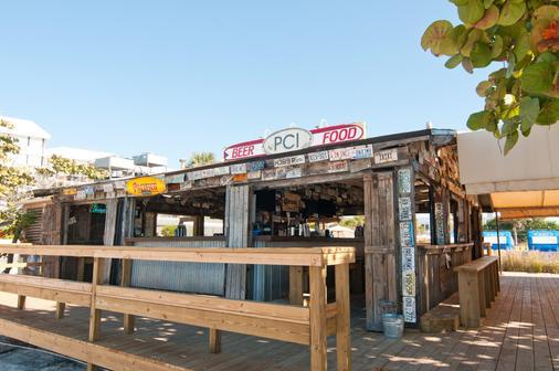 海滩明信片旅馆 - 圣彼得海滩 - 酒吧
