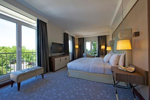 希尔顿波恩酒店 - 波恩(波昂) - 睡房