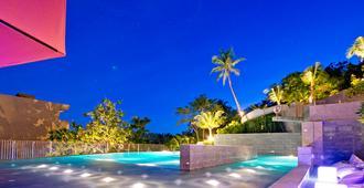普吉岛桑苏里酒店 - 拉威 - 游泳池