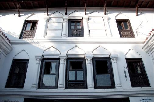 保利娜3室酒店 - 加德满都 - 建筑