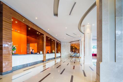 枫叶酒店 - 曼谷 - 柜台
