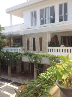 巴厘神秘酒店公寓 - 库塔 - 建筑