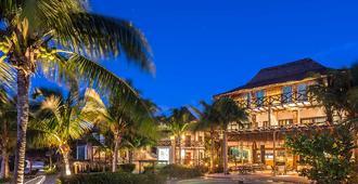 火烈鸟别墅酒店 - 奧爾沃克斯島 - 游泳池