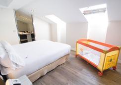 珀蒂宫阿雷纳尔索尔酒店 - 马德里 - 睡房