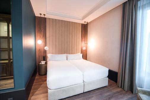 珀蒂宫艺术画廊酒店 - 马德里 - 睡房