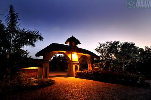 韦迪克村Spa度假酒店 - 加尔各答 - 建筑