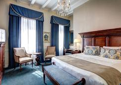 圣皮埃尔法国区酒店 - 新奥尔良 - 睡房