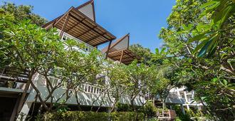 椰林村海滩温泉度假村 - 帕岸岛 - 建筑